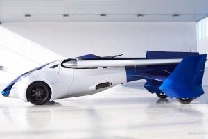 Австрійська компанія створила літаючий автомобіль