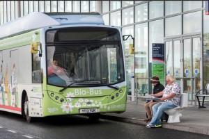 В Британії запустили міські автобуси на біопаливі