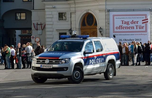 VW_Amarok_Austrian_Police_DSC_4672w