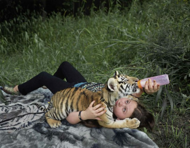 amelia-and-the-animals-exotic-photography-robin-schwartz-10