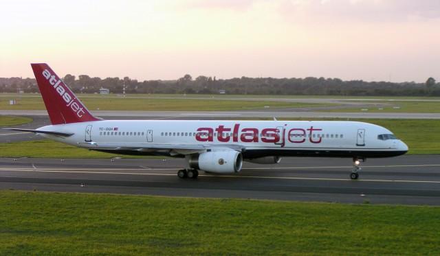 Atlasjet_B757-200_TC-OGH