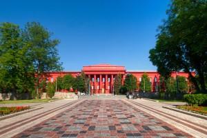 Шість українських університетів увійшли до рейтингу найкращих у світі