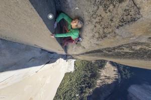 Альпіністи зняли панорамні фото з прямовисної скелі для Google Street View
