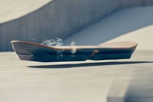 Lexus показав літаючий скейт власної розробки