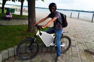 В Дніпропетровську створили електровелосипеди, здатні проїхати 100 км на одному заряді