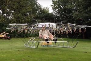 Інженер розробив дрон, що здатен підняти людину в повітря