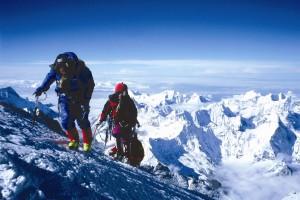 Непал заборонить підніматись на Еверест непідготовленим туристам