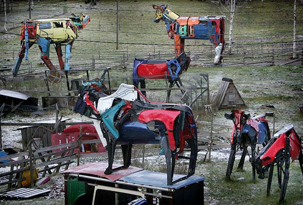 Металеві корови