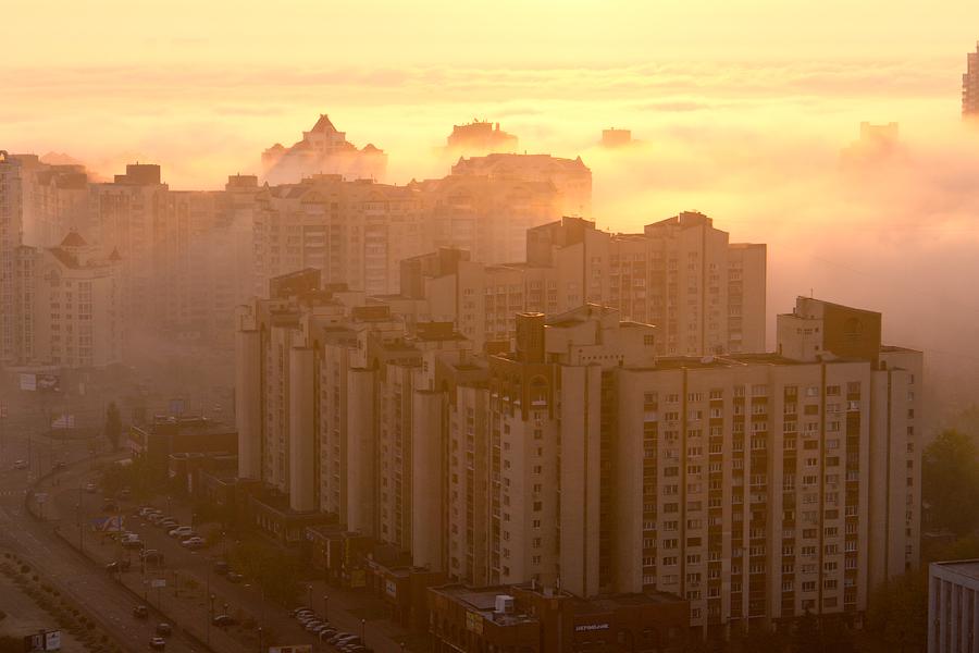 Київ в тумані
