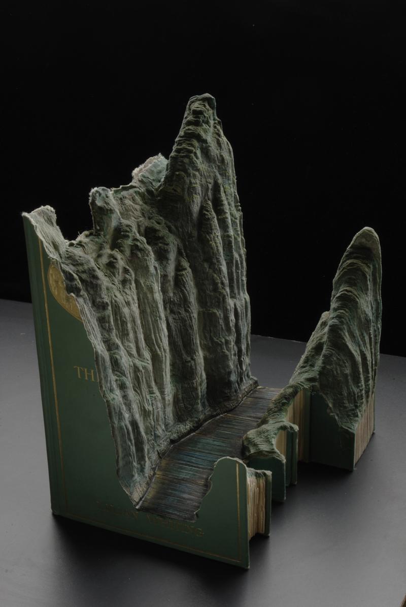 Мікроландшафти, вирізані з книг