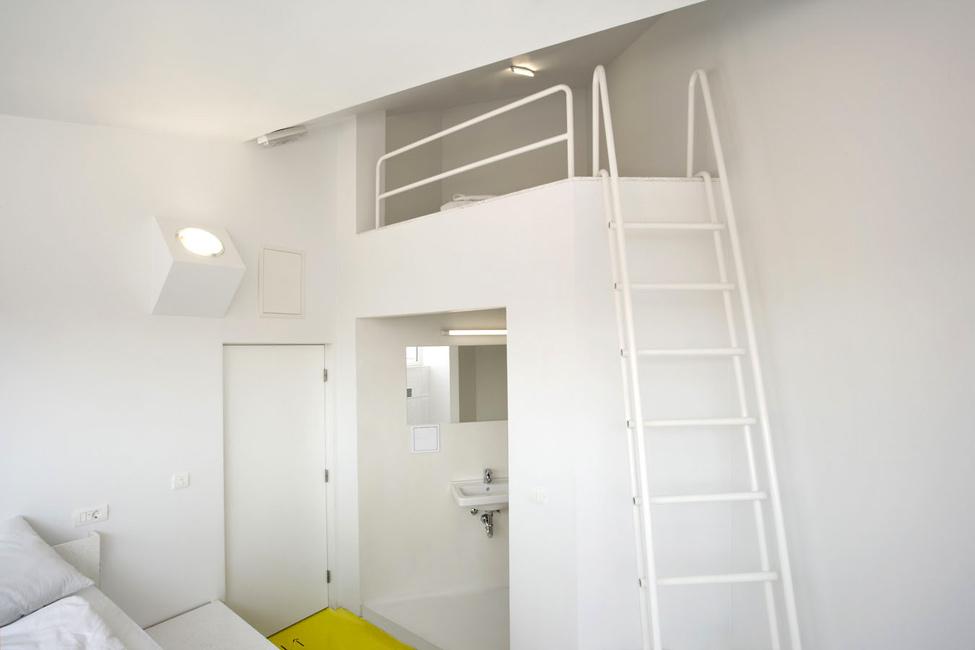 Hostel Golly±Bossy