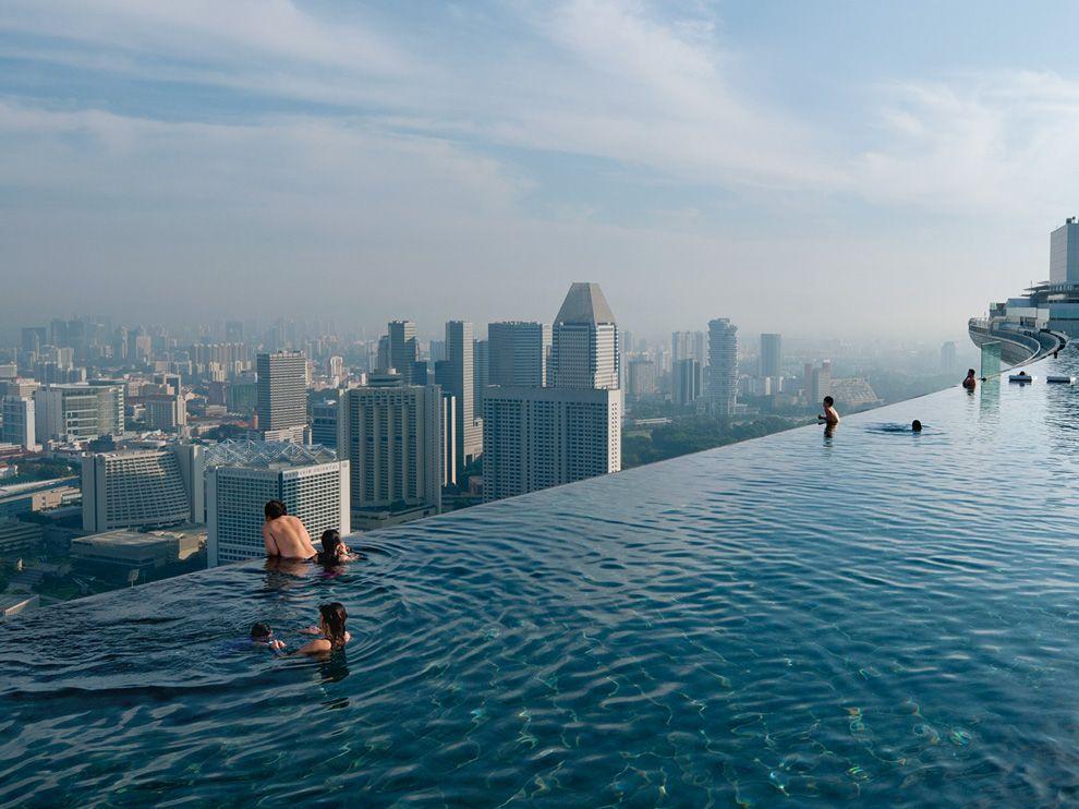 Басейн Infinity Pool у готелі Marina Bay у Сінгапурі (Chia Ming Chien)