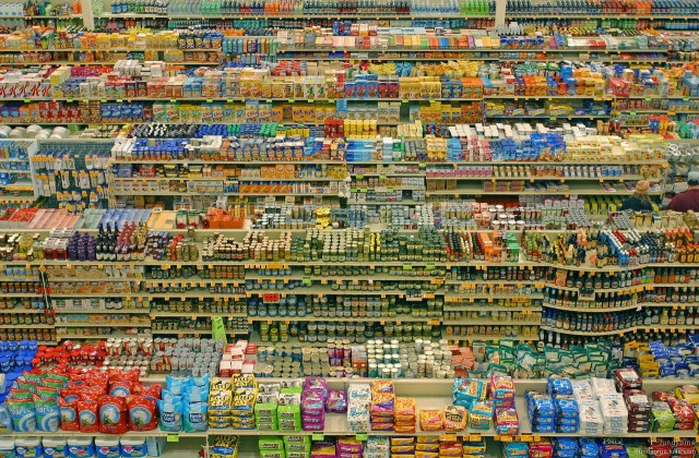 Andreas Gursky, 99 Cent II Diptychon (2001), $3 346 456