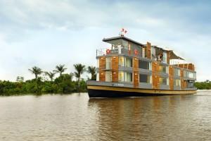 Плавучий п'ятизірковий готель на Амазонці