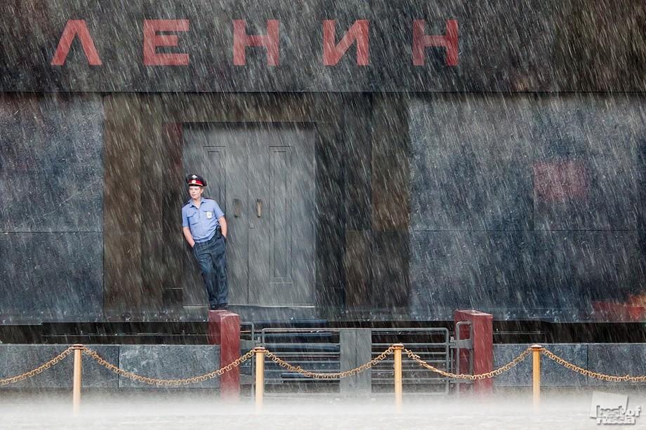 Дощ, Владлен Абдуллін