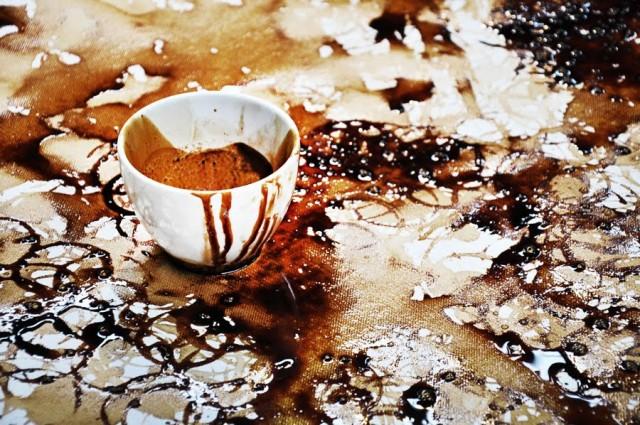 Малюнок, створений чашкою кави
