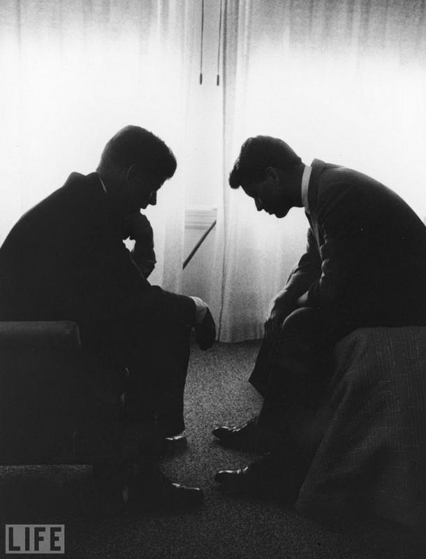 Джон та Роберт Кеннеді, Hank Walker, 1960