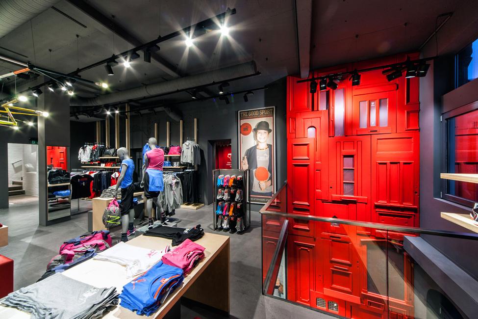 Магазин Puma в Амстердамі