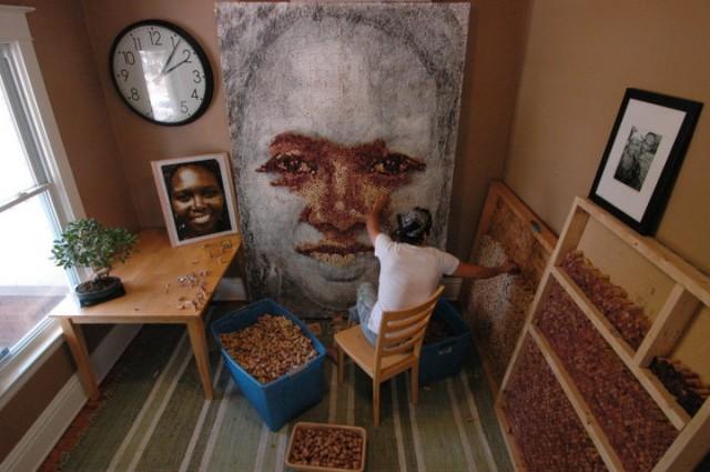 Портрети з винних корків