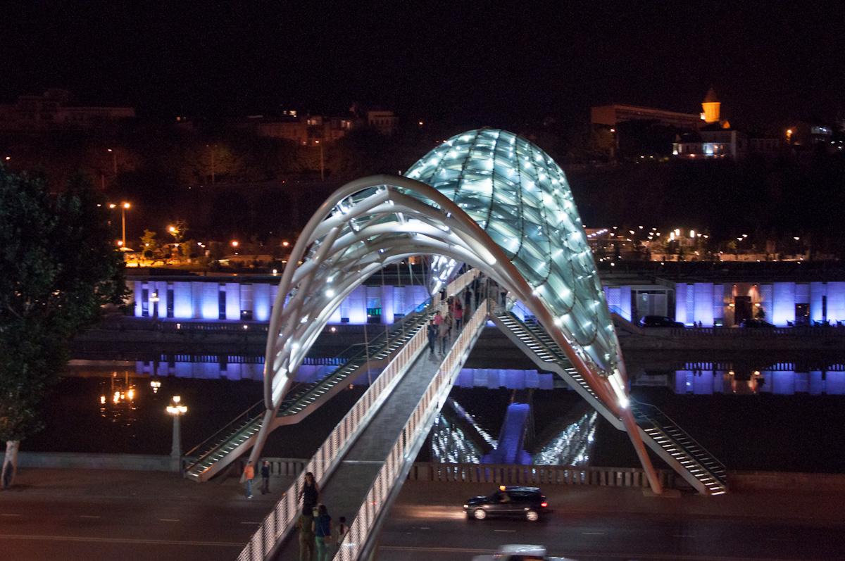 Міст Миру в Тбілісі