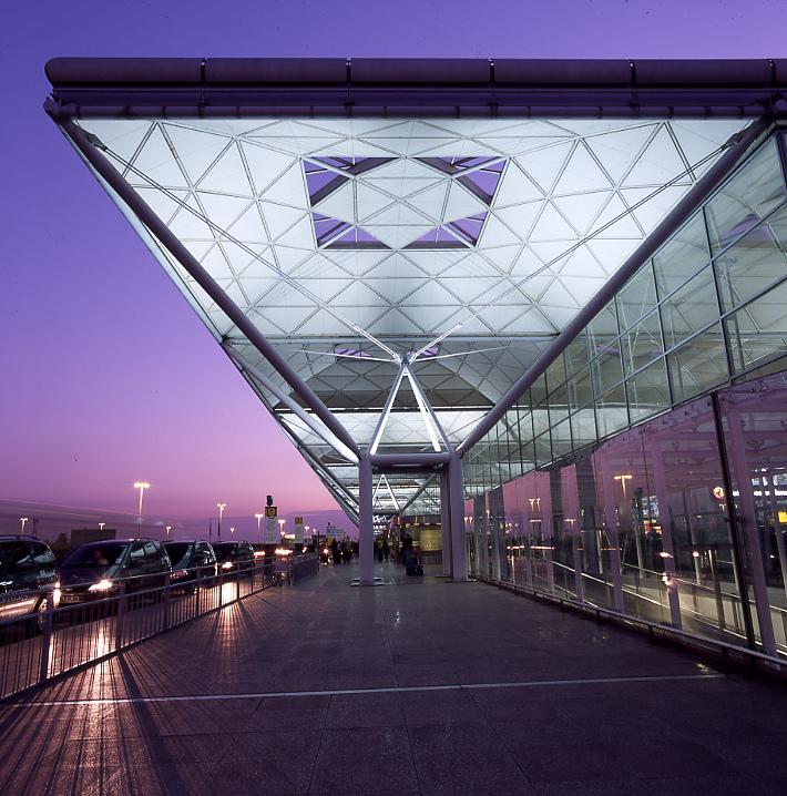 Аеропорт Станстед (Лондон)