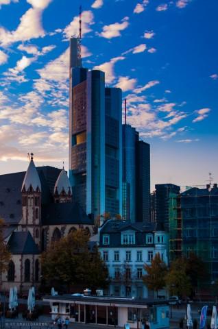 Коммерцбанк-Тауер (Франкфурт)