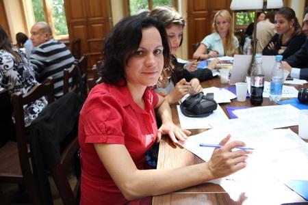 """Ірина Троскот, """"ЛітАкцент"""" - про електронні книжки, український """"масліт"""" та звичку читати"""