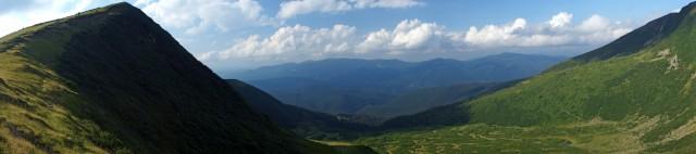 Стрімкі схили гори Котел