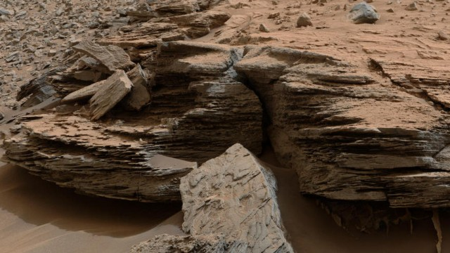 la-sci-sn-curiosity-water-mars-mt-sharp-lakes--003