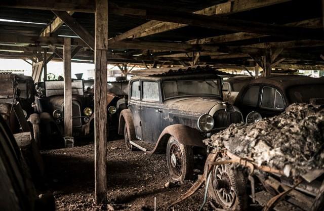 treasure-vintage-old-classic-cars-retromobile-france-roger-baillon-71