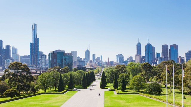 park-in-melbourne-during-the-day-banner