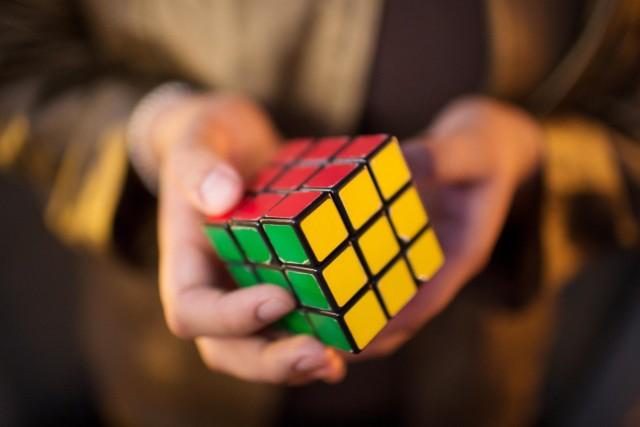 140427-rubiks-cube-150p_85d865803a5c666b9836ed10d85bd24d